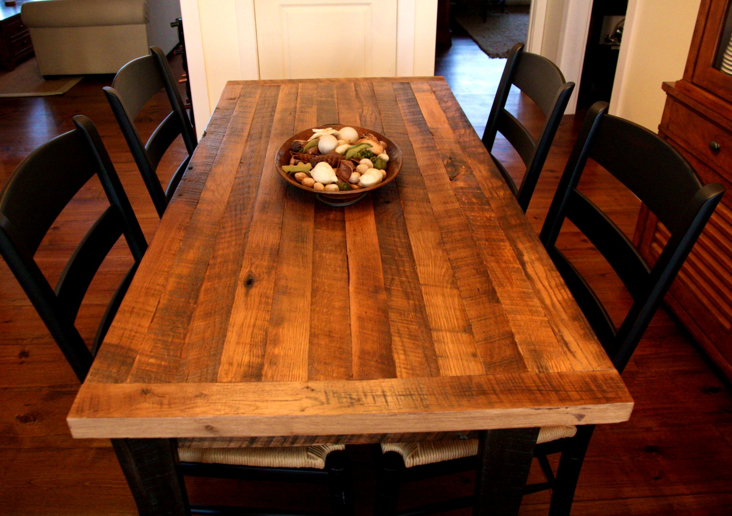 15 DIY Butcher Block Projects Lovely Spaces : kitchen table from lovelyspaces.com size 1500 x 1056 jpeg 327kB