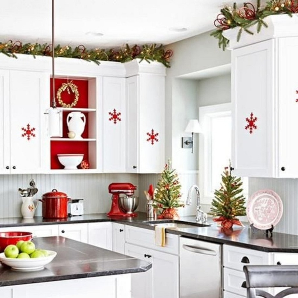 Christmas kitchen cabinets in